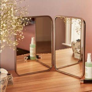 Folded Mirror